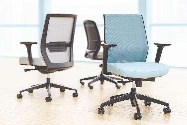 With a wide breadth of line, our versatile and comprehensive task seating offering features clean lines, well-balanced proportions, and an abundance of functionality.